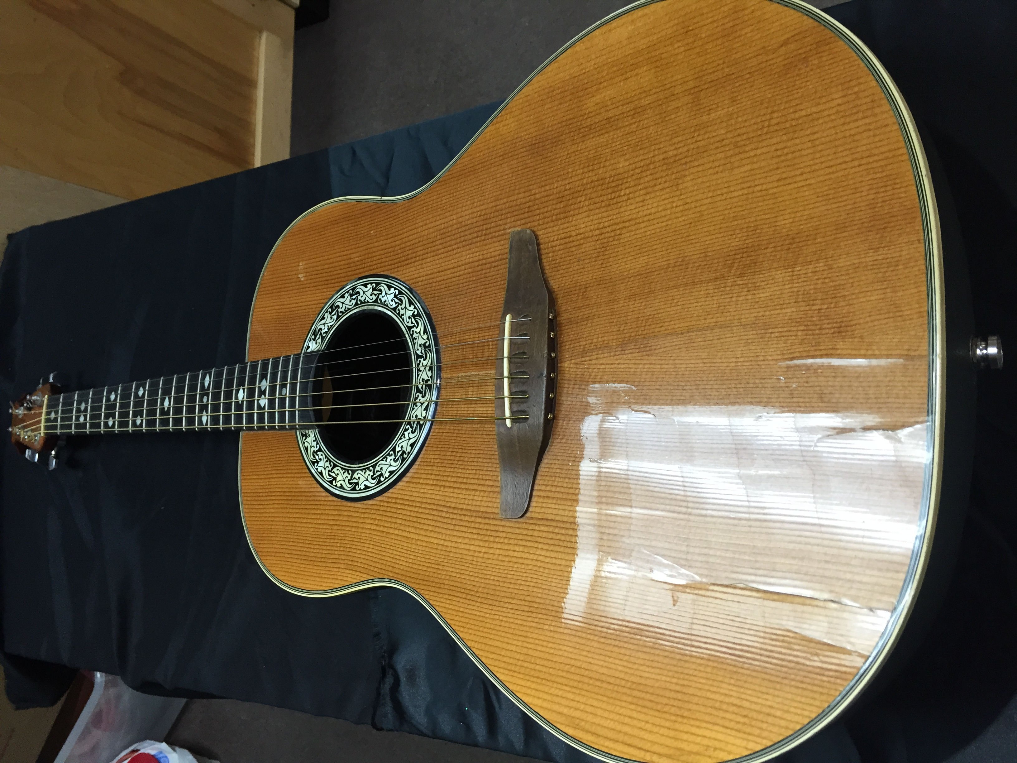 Ovation 1112 Balladeer